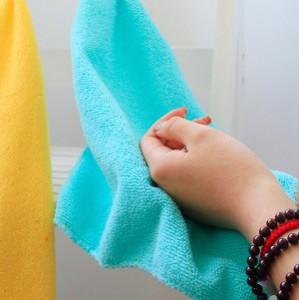 Вытирать руки